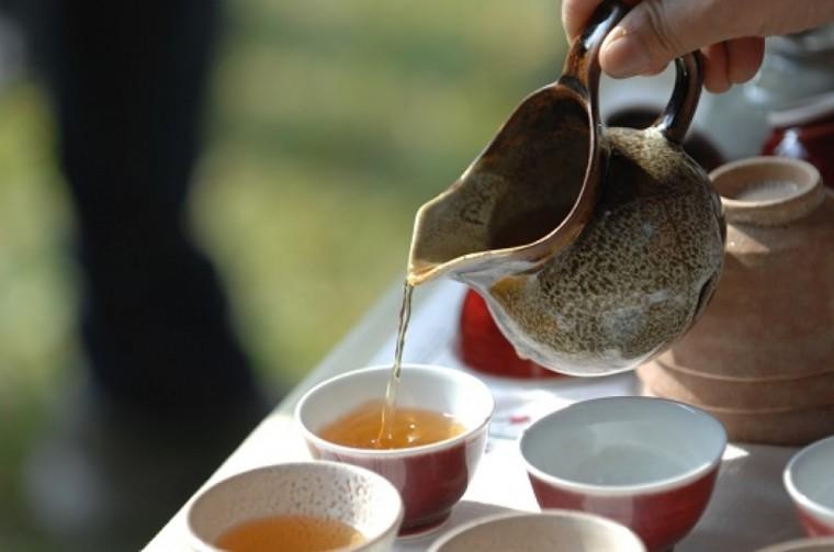 Pouring Korean Green Tea