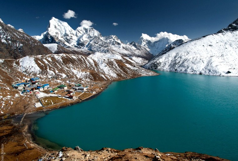 Gokyo Lakes with views of Mt Everest, Nepal