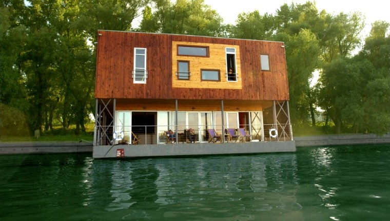 Arkabarka Floating Hostel, Belgrade, Serbia
